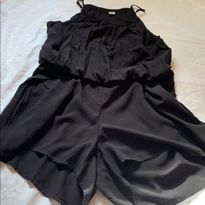 NEVER BEEN WORN ! Old Navy Size M Shorts Romper!
